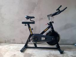 Bicicleta ergométrica de spinning