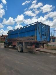 Caminhão MB 1113 ano 74