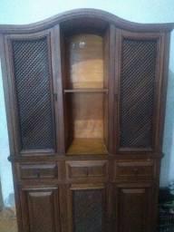 Relíquia madeira maciça.