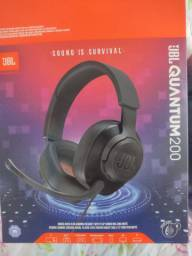 Vendo headset gamer JBL Quantum 200