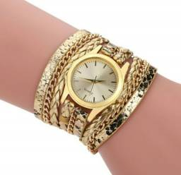 Relógio feminino com pulseira serpentino