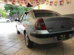 Clio 2005 sedan - 2005