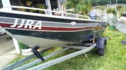 Vendo barco motor e carretinha - 2000