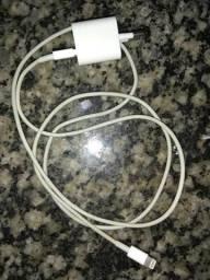 Carregador iPad iPhone r$ 50 para sair rápido não entrega