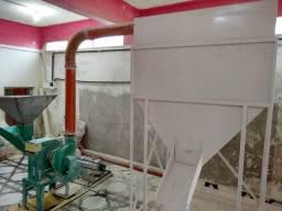 Máquina de fazer ração completa. misturador, triturador DPM2 com silo pra uma tonelada