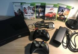 Xbox 360 Slim 4Gb + Jogos