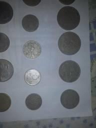 Moedas antigas de prata e outras para colessonadores