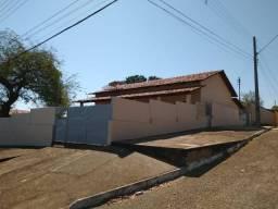 Vendo casa em Porto Nacional ou troco por apartamento em Palmas