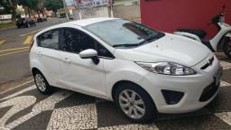Vende-se Ford Fiesta SE - 2013