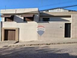 Casa com 3 dormitórios à venda por R$ 230.000,00 - Severiano Moraes Filho - Garanhuns/PE
