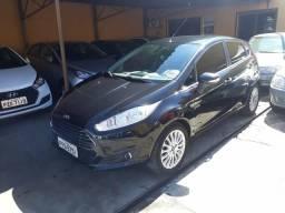 Ford Fiesta Titanium Hatch 2014 Aut - 2014