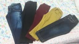 vendo calças para menino, todas vestir 2 anos, 20 reais cada calças.