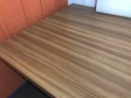 Mesa de reuniao para escritório