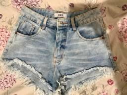 Short jeans desfiadinho!