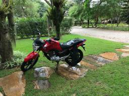 Vendo moto fan 150 2013/2014