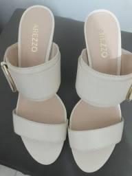 Sapatos de marcas, R$ 50,00 reais cada