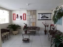 Alugo apartamento com 03 dormitórios no bairro Centro, em Peruíbe