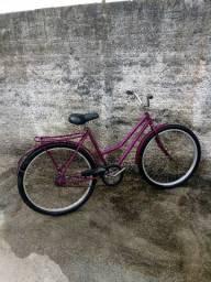 Bicicleta Feminina adulta, marca Fischer, aro 26, usada, R$ 450,00