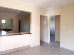 Aluga-se Casa 2 quartos em bairro Contagem, Sobradinho