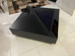Mesa de centro Tok Stok Laqueada c tampo de vidro