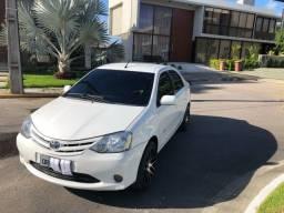 Etios Sedan 1.5 2013/2013