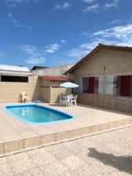 Casa na praia em Guaratuba com piscina