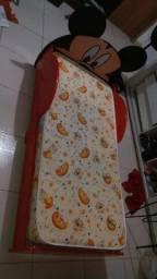 Mini cama do Mickey.