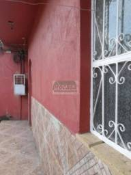 Alugo Casa na Raiz c/ 1 dormitorio - R$ 600
