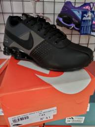 Nike Shox Premium tamanho 41.