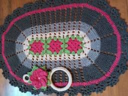 Kit 2 peças em crochê dia das MÃES o (porta pano é brinde.)
