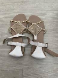 Rasteira sandália branca brilho
