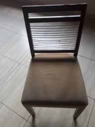 Sala de jantar mesa e oito cadeiras