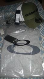 Kit Oakley original boné e camiseta