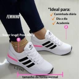 Tênis Feminino Adidas Super Leve e Confortável