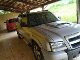 Vendo Caminhonete S10 2.8 turbo diesel