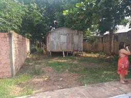 Casa em AUTAZES.  Troco com um terre aque en Manaus.