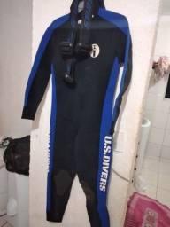 Vendo roupa de mergulho 4 mm