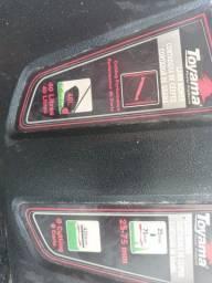 Vende-se uma máquina de corta grama a gasolina