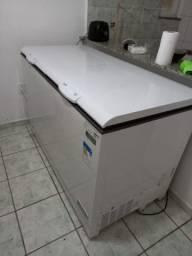 Vendo 2.100 reais freezer novo e outros