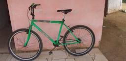 Vendo essa Bicicleta usada mas a única coisa tem que trocar o Aro que está Trincado