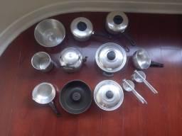 Panelas e utensílios de cozinha
