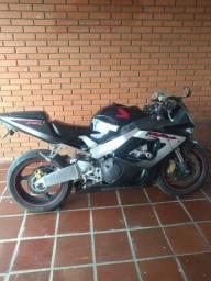 Moto Honda CBR RR 929 ano 2000