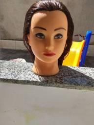 Cabeça de boneca para penteados