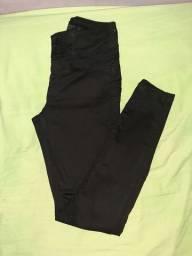 Calça preta, VALORIZA O BUMBUM, número 36
