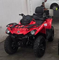 Quadriciclo Can Am 570 Max 2019