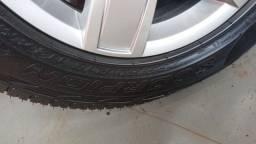Vendo 5 pneus 255 60 18
