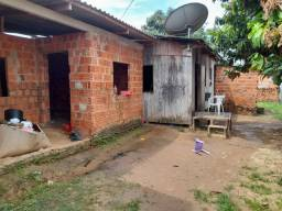 Vende-se essa casa no valor 50 mil reais,casa medindo 8/12 terreno 15/25.