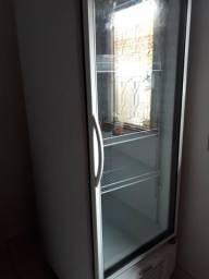 Vendo um freezer gelopar