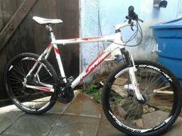 Bike de alumínio Aro 26 - Alfameq