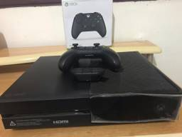 Xbox One 500GB + Controle Original + Adaptador Headset Original